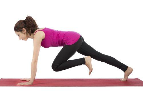 Как делать упражнение для пресса