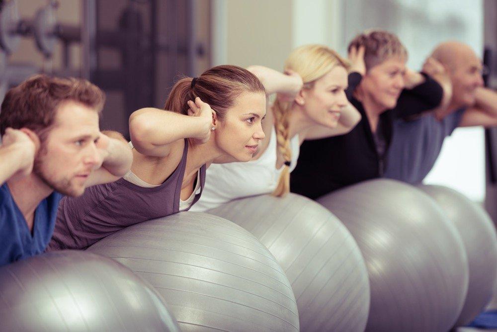 Как помогают упражнения на фитболе похудеть