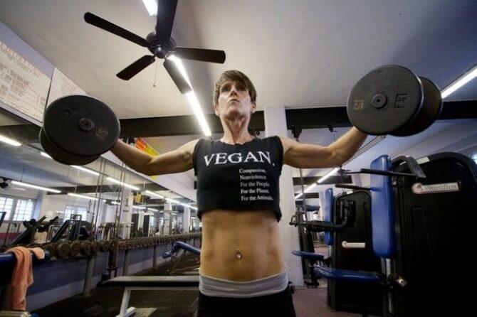 Можно ли нарастить мышечную массу вегетарианцам
