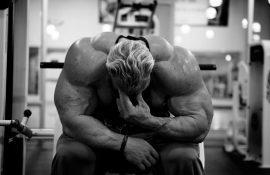 Почему болит голова после тренировки?