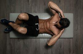 5 эффективных упражнений на пресс, которые сожгут жир на животе.