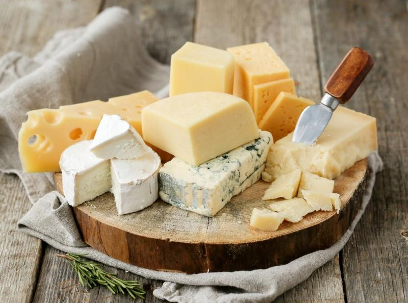 Какие виды сыров полезны для здоровья, а какие вредны