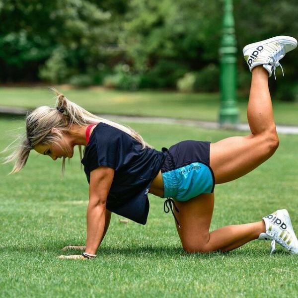 Стефани Санзо, от толстой мамы к фитнес модели.