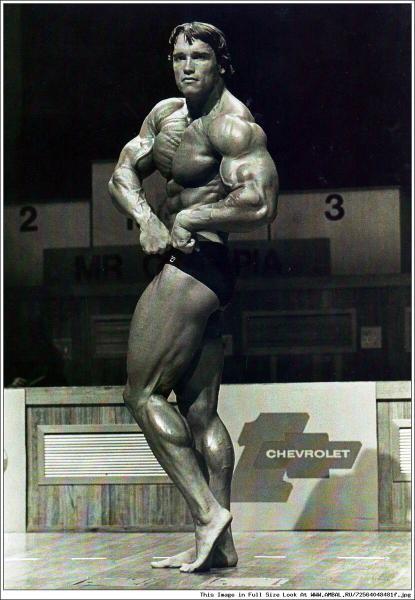 55 лет Олимпии: как изменилась форма чемпионов?