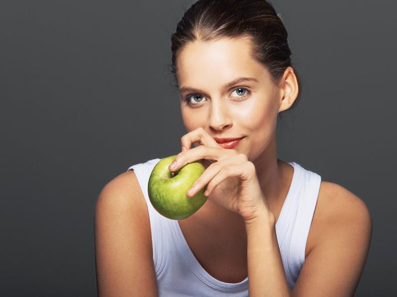 Что будет с телом, если есть яблоки каждый день?