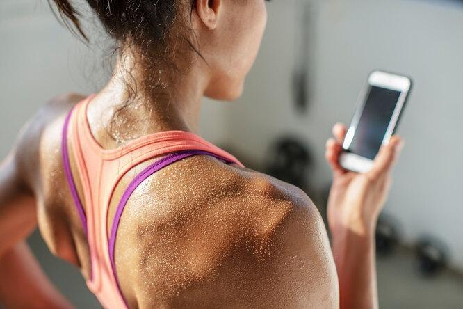 Как меньше потеть: 7 проверенных приемов и две причины поспешить к врачу