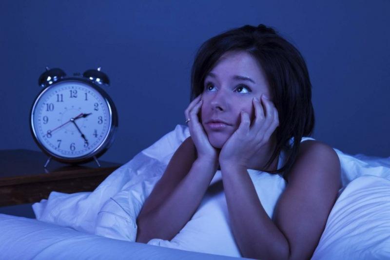 5 тревожных привычек, которые мешают заснуть