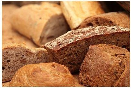Диетолог рассказала о вреде хлеба