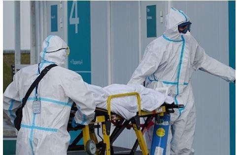 Инфекционист назвал россиян моментом «самой страшной» волны коронавируса