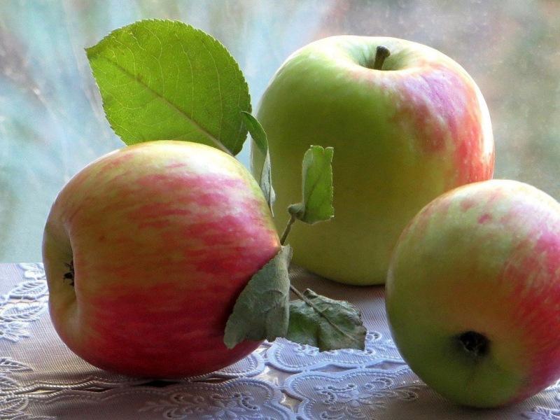 Яблоки снижают риск заболевания